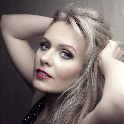 Marija Akelan's avatar