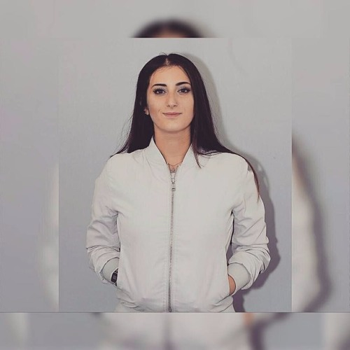 LetiziaM's avatar