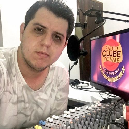 FranciscoRicci's avatar