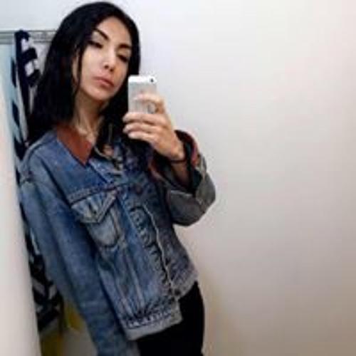 Veronica Flores's avatar