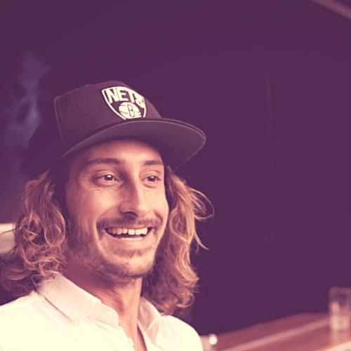 Sam Kellett's avatar