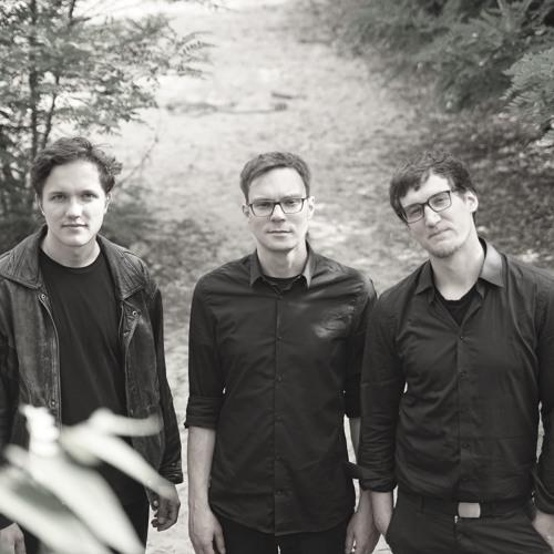Nebula Trio's avatar