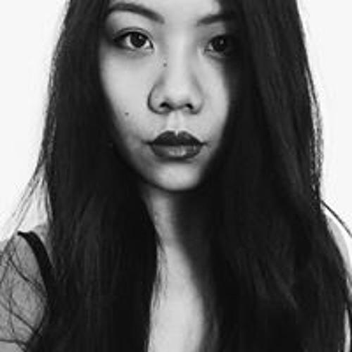 Juliana Vongsavath's avatar