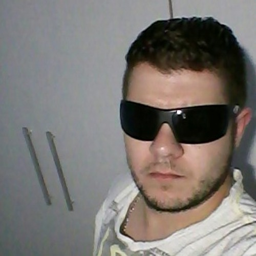 Roger Zaions's avatar
