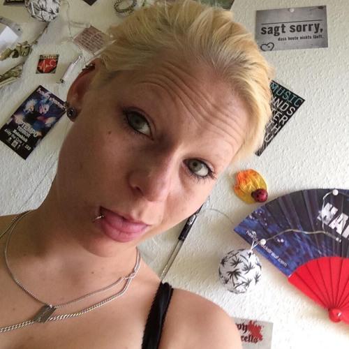 Loetzinnig Jessie's avatar