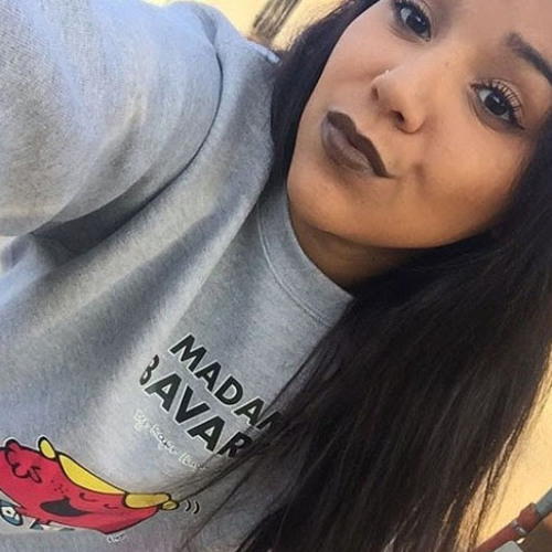 Alessandra Cardoza's avatar