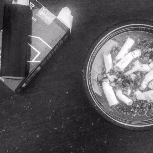 pausa para o cigarrinho's avatar