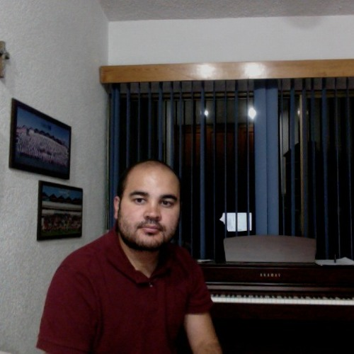 Huelsz Piano's avatar
