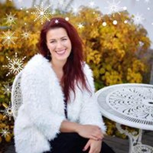 Kira Elfving's avatar
