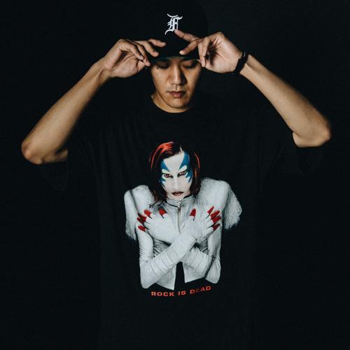 TAKU's avatar