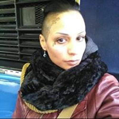 Emily Otero's avatar