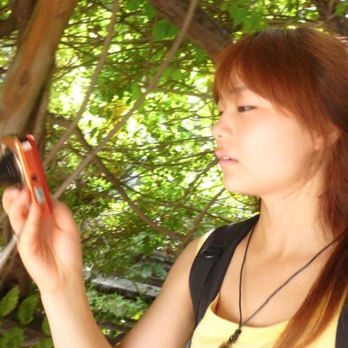 Amy Zeng's avatar