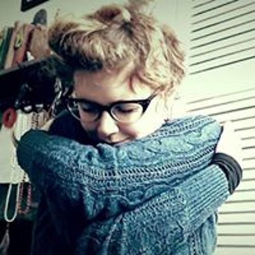 Victoria Hodder's avatar