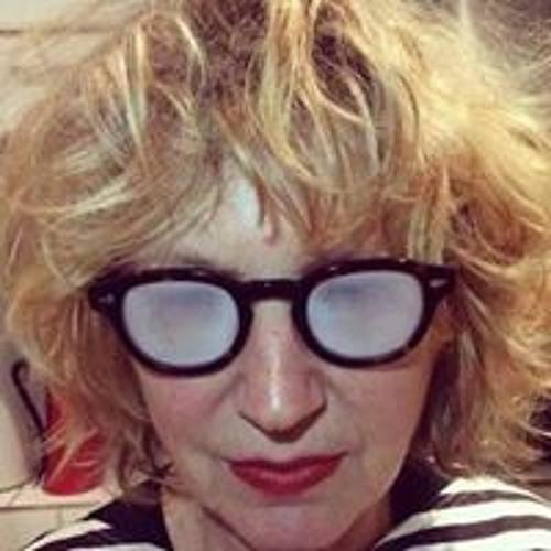 Lyndy Stout's avatar