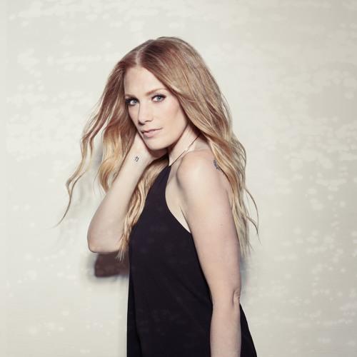 Annie Blanchard's avatar