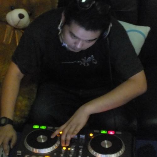 DJ.PLaYBoY_SoGooD's avatar