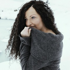 Zandra R Figueroa