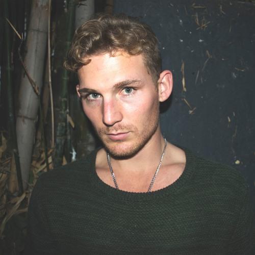 Max Philips's avatar