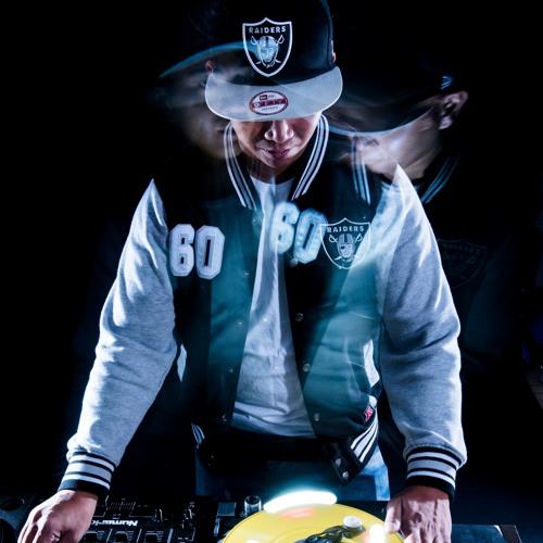 DJ B2LEE's avatar