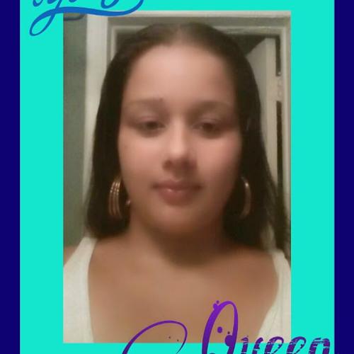 reina santana's avatar