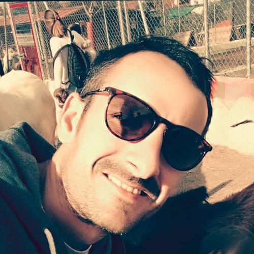 Julio Fernandez's avatar