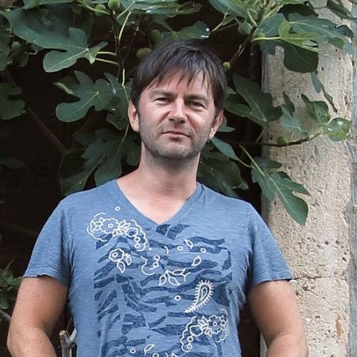 darek kurowski's avatar