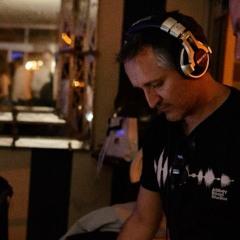DJ LIZAR