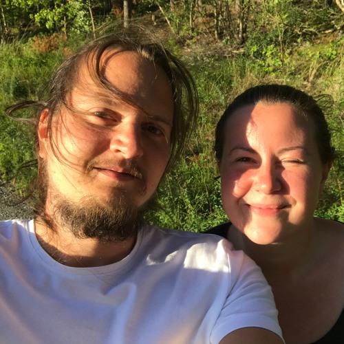 Erik & Ella's avatar