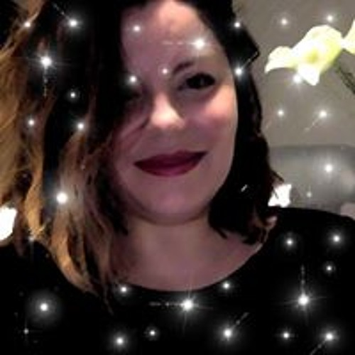 Cassia Leo's avatar