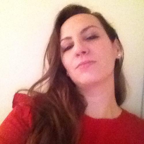 Nassima AZ's avatar