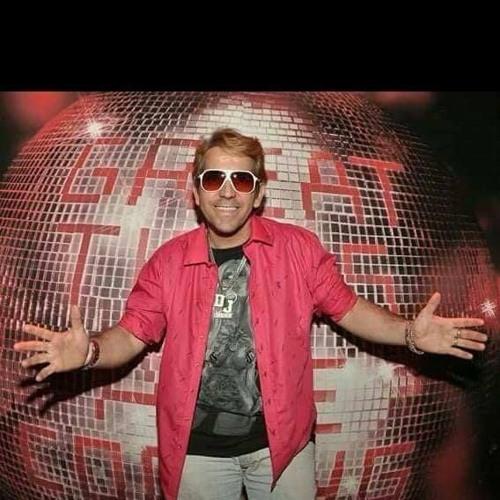 DJ PORTUGUÊS's avatar