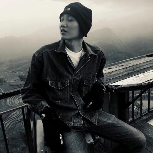 Shia Sur's avatar