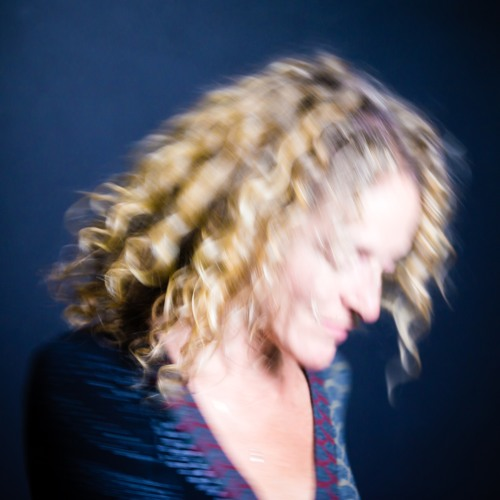 JulieSassoon's avatar