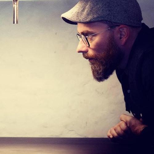 Mikael Simpson's avatar