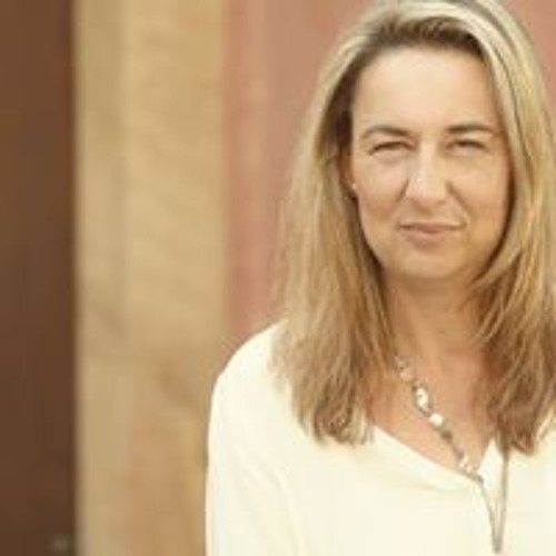 Melanie Lambert's avatar