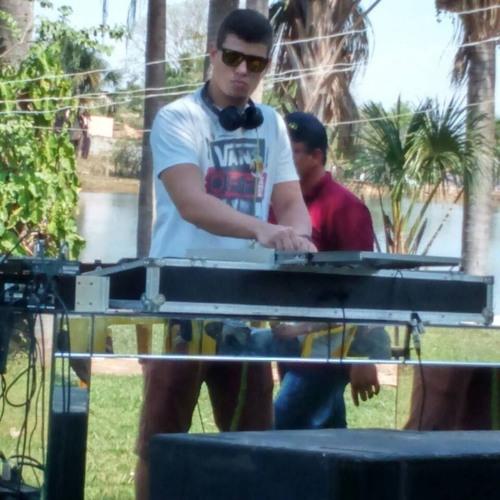 Bruno Henrique.'s avatar