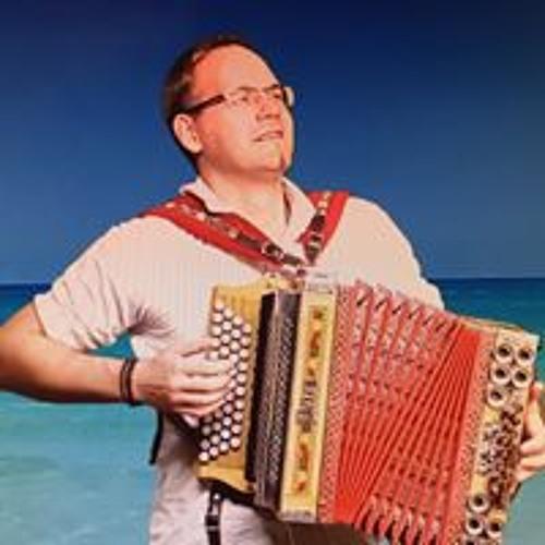 Florian Glötzl (Bayarox)'s avatar