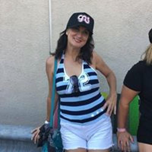 Marla Saballos's avatar