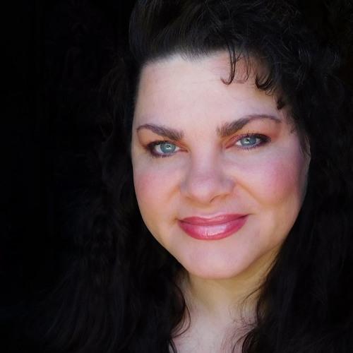 TessaLuna Lluvia's avatar