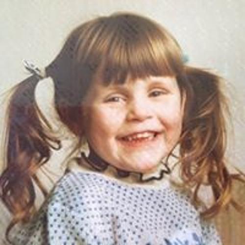 Claire Brine's avatar