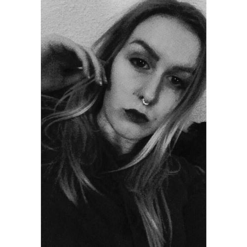 Tina Wahrenholz's avatar