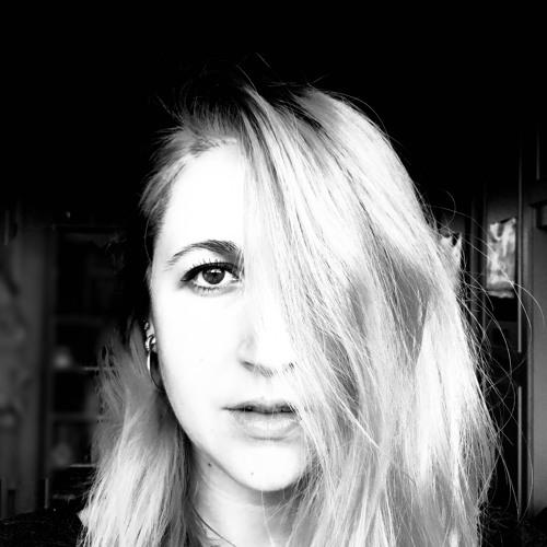 Stevie Leigh's avatar
