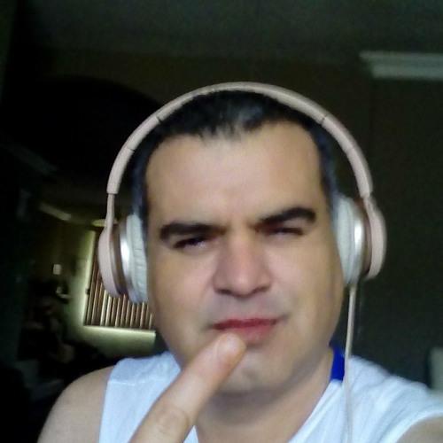 JL REPOST's avatar