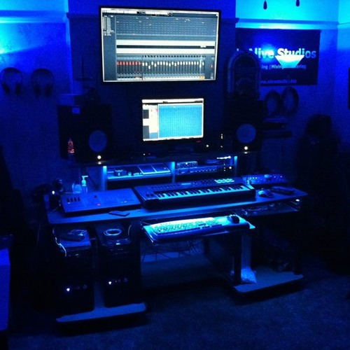 Alive Studios's avatar