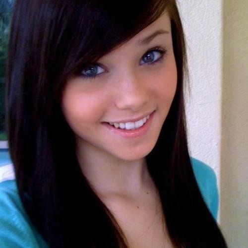Chloe Weaver's avatar