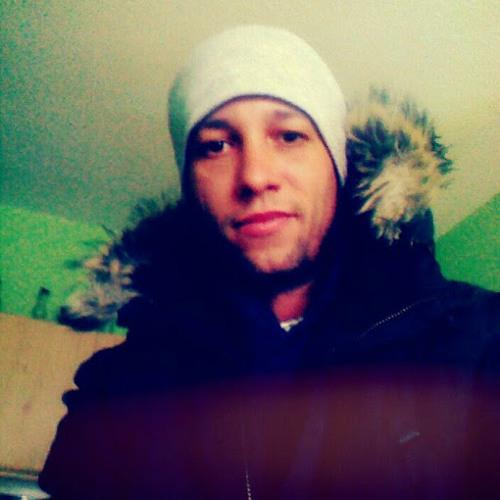 Adrián Szabó's avatar