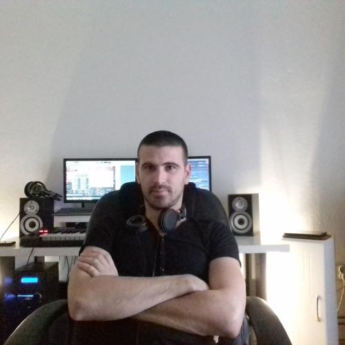 Dragan Jakov's avatar