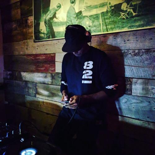 DJ Christopher Michaels's avatar