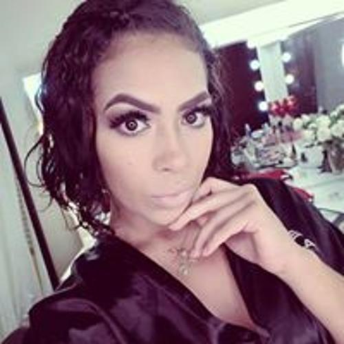 Lari Rodrigues's avatar
