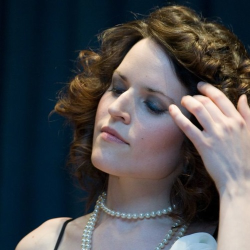 LARA AUSENSI Vocalist's avatar
